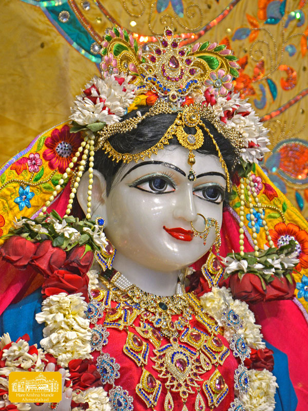 ISKCON Hare Krishna mandir Ahmedabad 09 Jan 2017 (3)