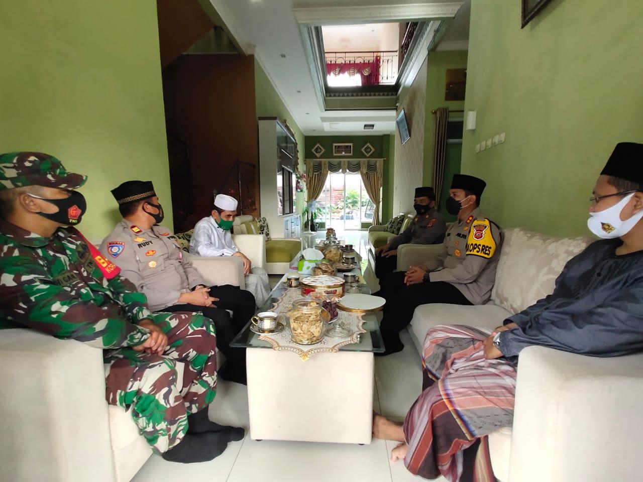 Jalin Kamtibmas, Kapolres Majalengka Edukasikan 3M Ke Ponpes Mursyidul Falah