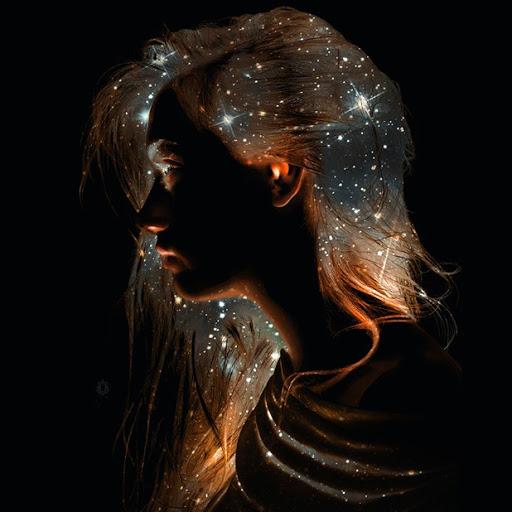 user Courtney Restifo apkdeer profile image