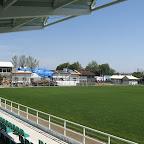 Widok ze zmodernizowanej trybuny w kierunku budynku klubowego