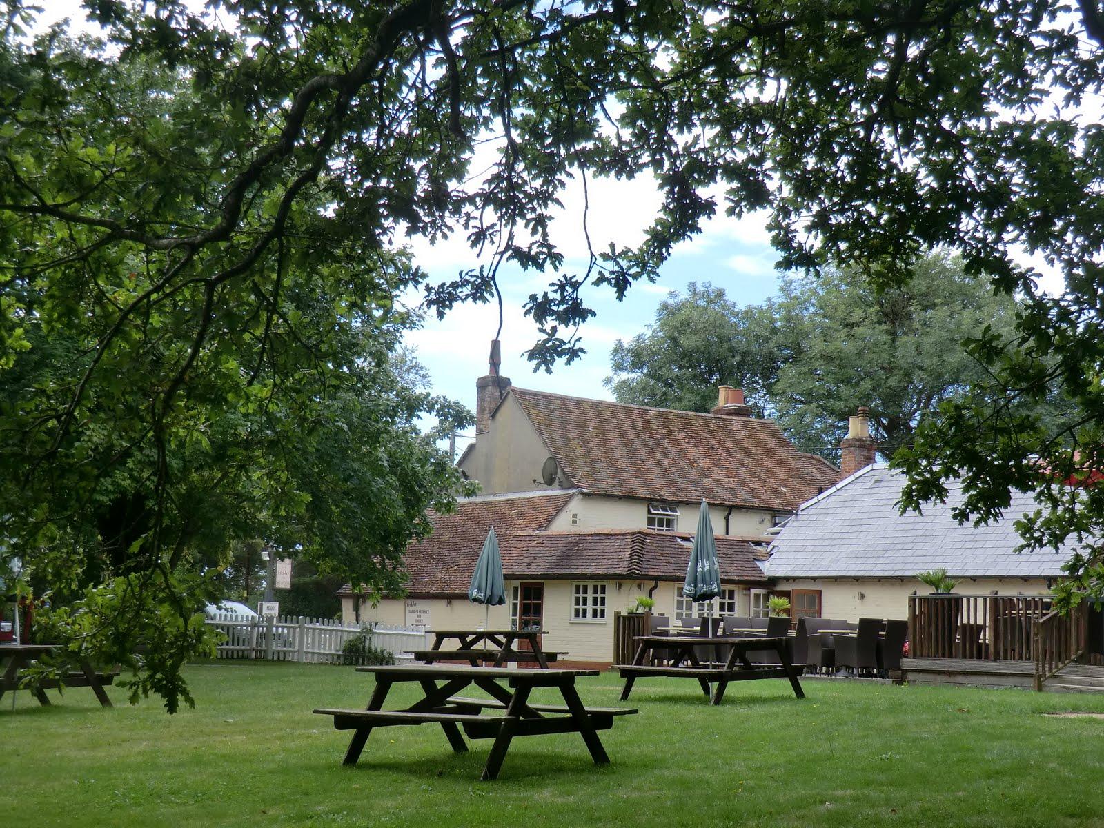 CIMG4312 Hobler Inn garden