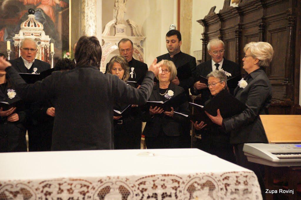 Nastup zborova 2011 - DSC03118.JPG