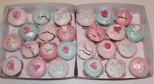 979- Cupcakes roosjes.JPG