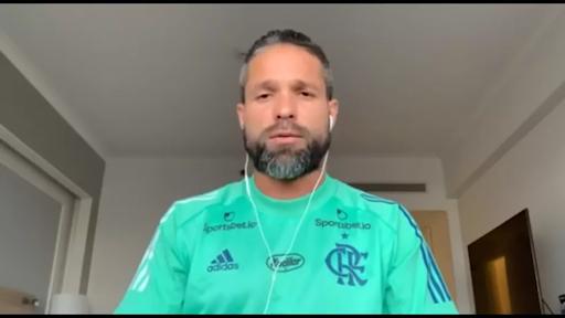 Seis jogadores do Flamengo testam positivo para Covid-19 durante viagem ao Equador. Veja quem são: