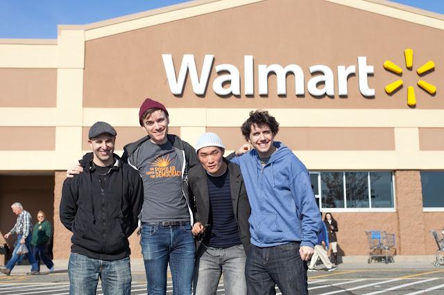 NL- WM action Black Friday (hi res fotos gracias Steve Mcfarland, cpd) - 1123Walmart_2809.jpg