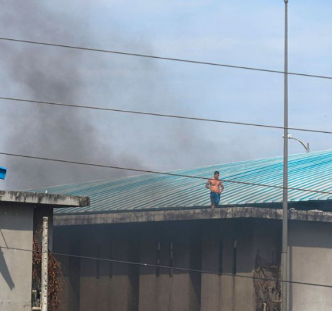 Prison clash between gangs 'armed with explosives' leaves 35 dead, with 8 beheaded