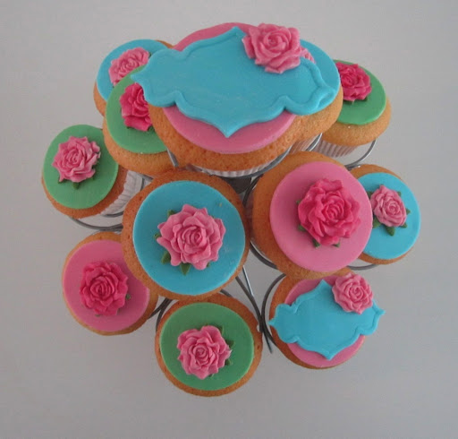 High tea cupcakes.JPG