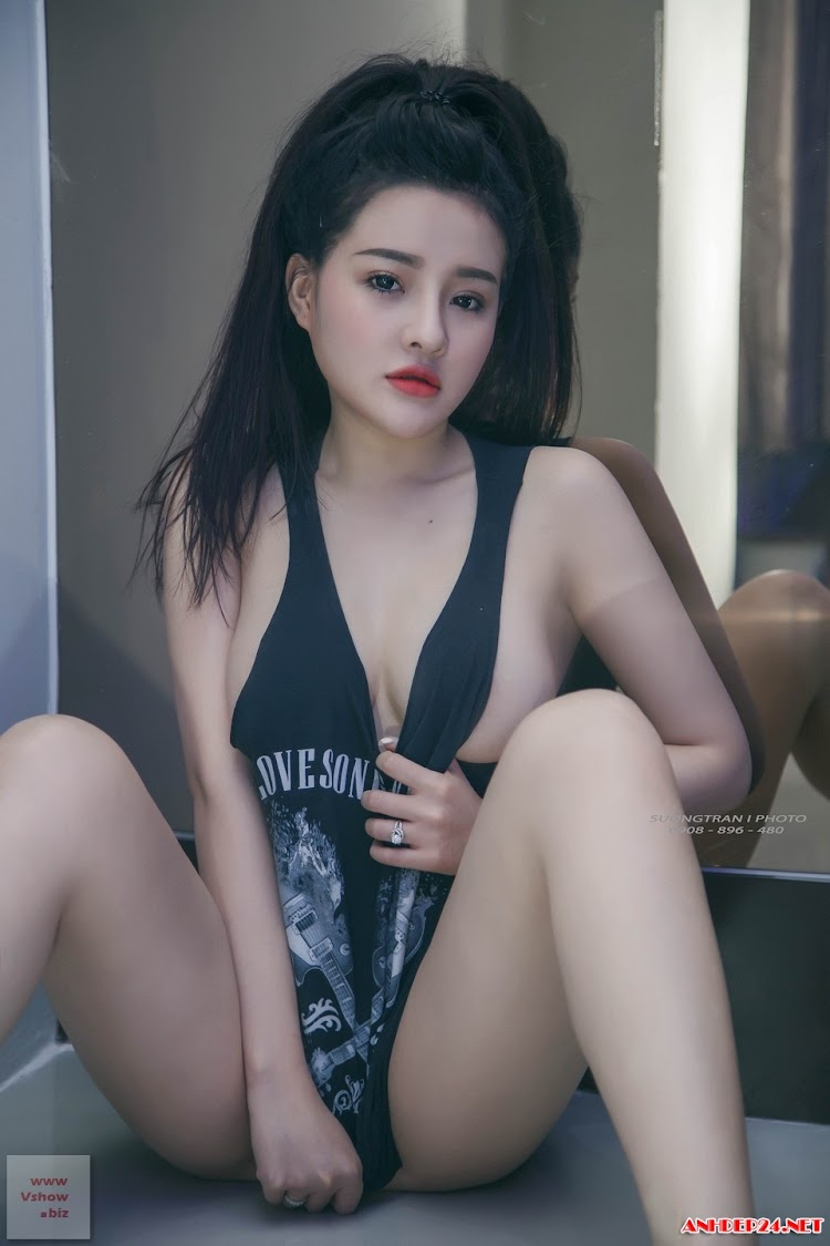 Bộ ảnh sexy của Ngọc Ngân