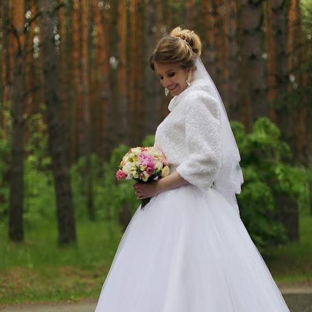 Wedding photographer Ekaterina Sabat (katyasabat). Photo of 04.06.2017