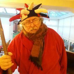 user John Doe apkdeer profile image