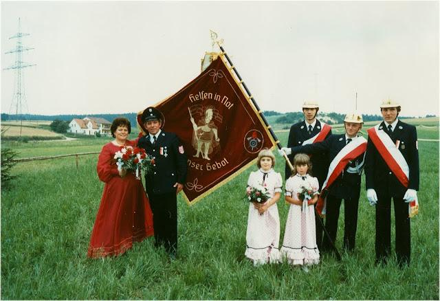 1981FfGruenthal100 - 1981FF100AFahne.jpg