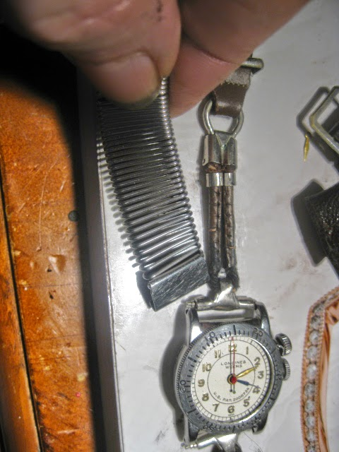 1935 LONGINES WEEMS ORIGINAL 1935 LEATHER METAL ROP STRAP - IMG_1002.JPG