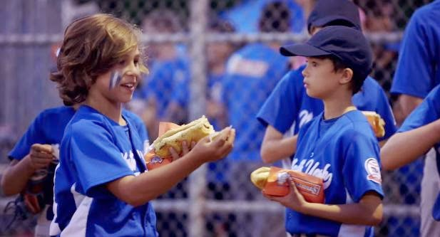 Schneiders and Traffik Serve Up a Taste of the Big Leagues