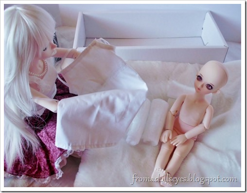New Arrival: A Mystic Kids Doll Review: Time to get dressed.