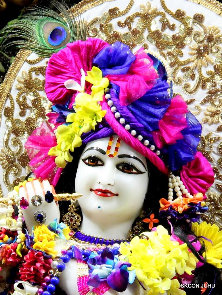 ISKCON Juhu Sringar Deity Darshan on 25th August 2016 (52)