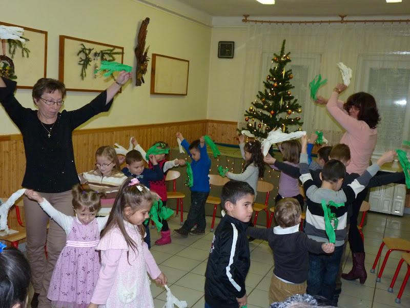 Karácsonyi műsor az erdőtarcsai óvodában - 2014.12.14.