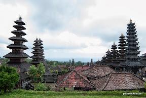 Świątynny kompleks Besakih