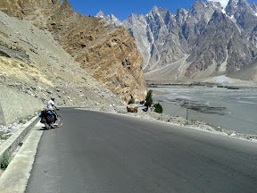 Sun was very warm while leave Passu towards Khyber Village