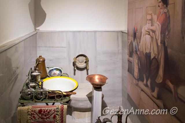 hamamda kullanılan tıraş takımları, Türk Hamam Müzesi Beypazarı