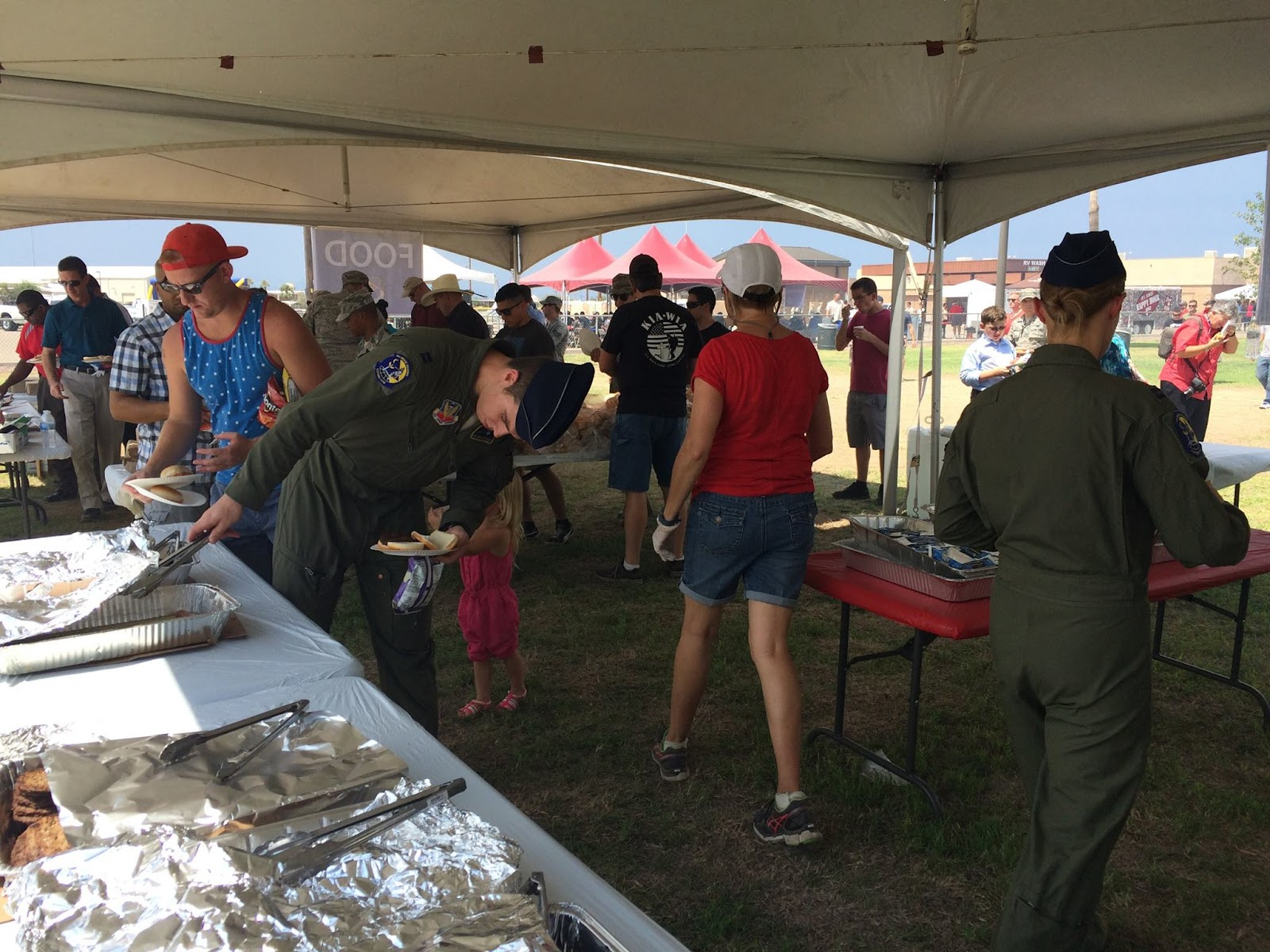 Tucson Thanks our Airmen and Families - 11893139_890712574336190_1083826506416371380_o.jpg