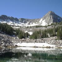 Lower Maybird lake and the Pfeifferhorn