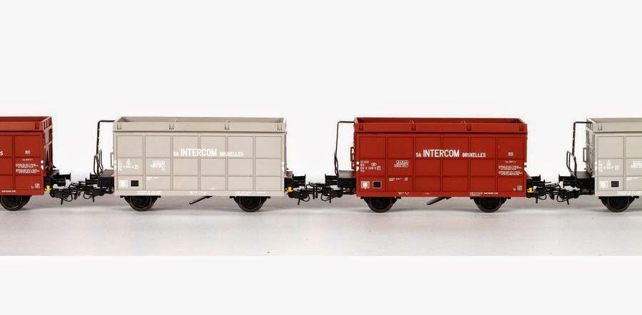 Märklin HO set 2x5 Fds (46561 bruin en 46562 grijs) 15-12-2012 198,00 IMG_3553.JPG