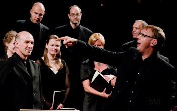 Photo: Best choral music with old musical instruments from Baden-Württemberg under the direction of its conductor Holger Speck.  HEINRICH SCHÜTZ: MUSIKALISCHE EXEQUIEN