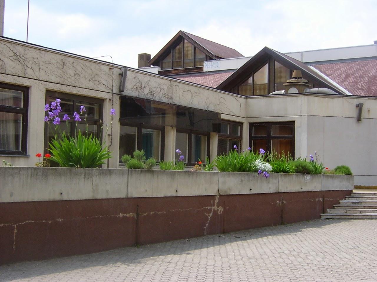 Képek az iskoláról - image015.jpg