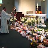 4.23.2011 Święcenie pokarmów w Wielką Sobotę w kościele MOQ, w Norcross. Typowe koszyki wielkanocne - IMG_7864.JPG