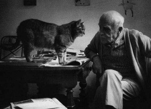 Alberto Giacometti and a cat