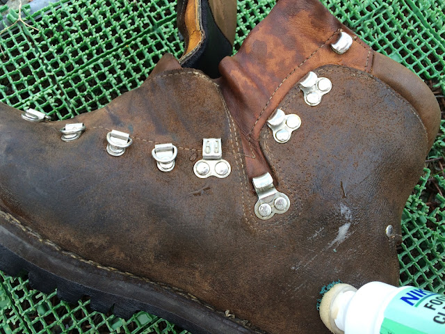 マインドル 登山靴 洗う