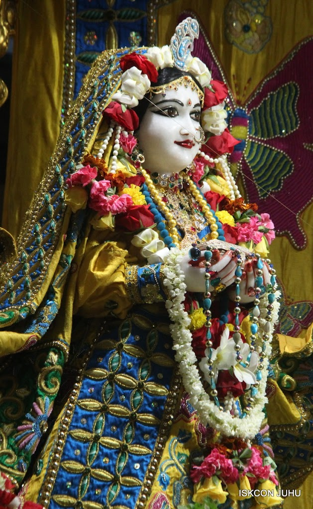ISKCON Juhu Sringar Deity Darshan on 26th June 2016 (2)