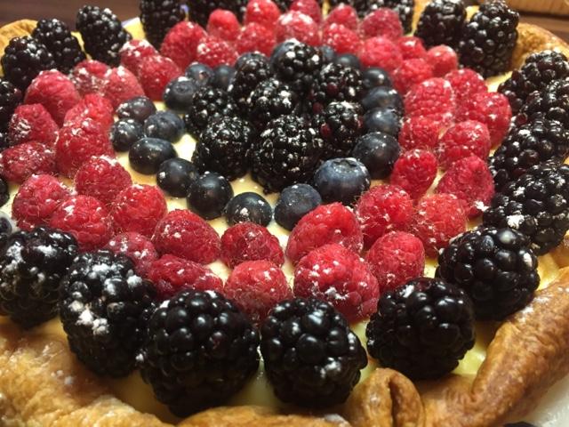 Tarta De Frutas Del Bosque