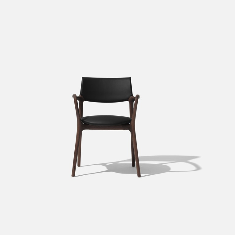 [SOLLOS_Bell_chair_03%5B4%5D]