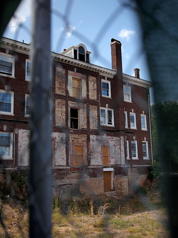 The exposed hospital, ca 2010
