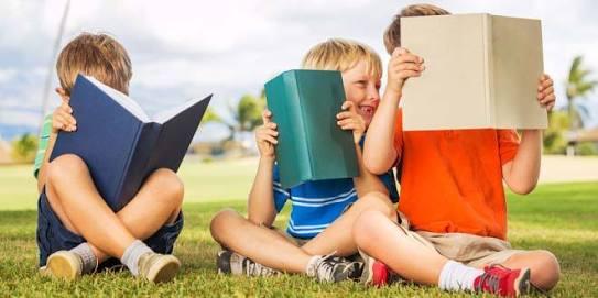 Menumbuhkan Minat Baca Anak - Butuh Keteladanan Orang Tua