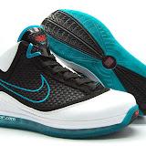Nike Air Max LeBron VII Gallery #2