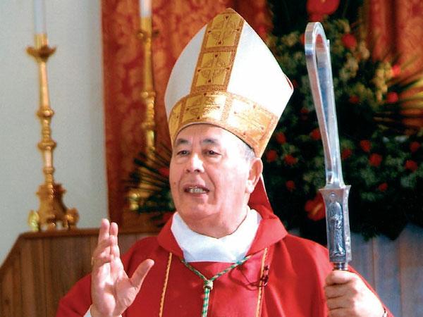 Monsignor Mondello festeggia ottantatré primavere