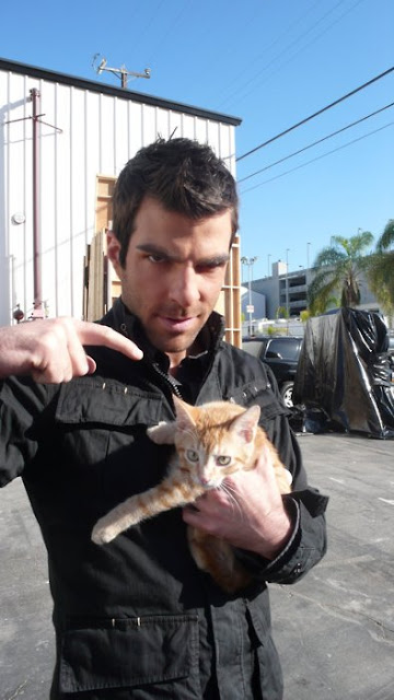 Zachary Quinto and a cat