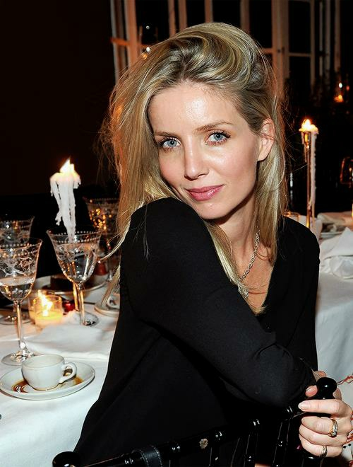 Annabelle Wallis Awesome Profile Pics Whatsapp Images
