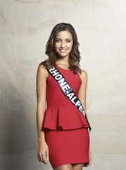 2016 Miss Rhône-Alpes 2015 Nora Bengrine