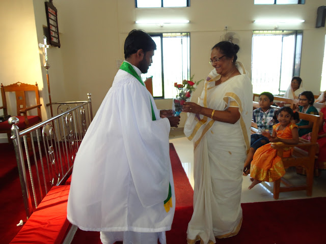HONORING SENIOR CITIZENS ON SENIOR CITIZEN SUNDAY 30.09.12 (2012) - HIC%2BONAM%2B2%2B073.JPG