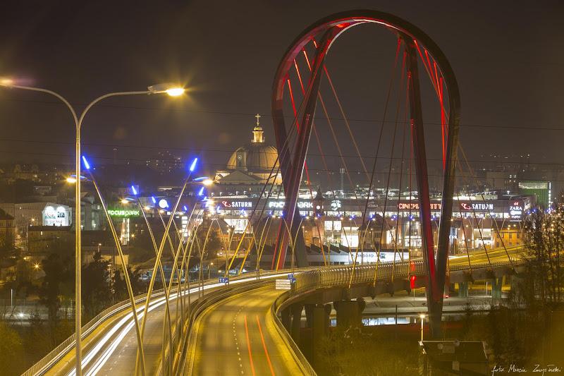 most Uniwersytecki noca Budynki, budowle, architektura