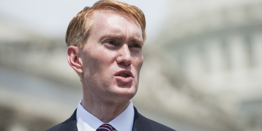 Republican senator returns 'freedom of religion' to citizenship tests