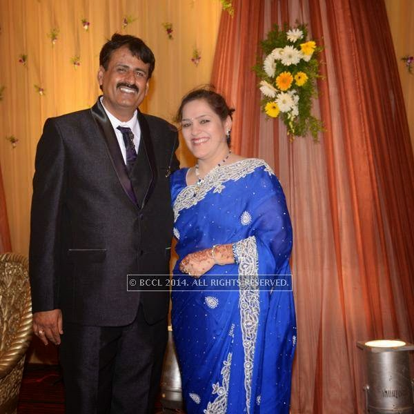 Rajesh and Sharda Motwani during Sumit-Toshi Motwani's wedding reception, held in Nagpur.