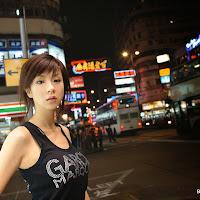 Bomb.TV 2006-12 Aki Hoshino BombTV-ha100.jpg