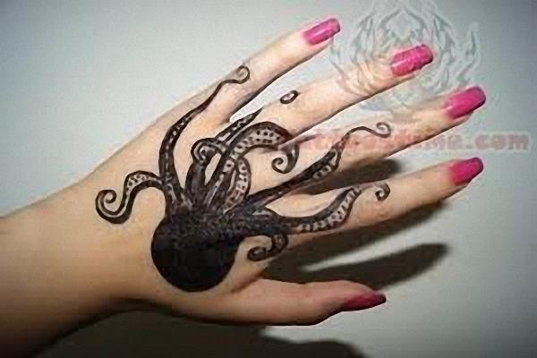 polvo_mo_da_tatuagem