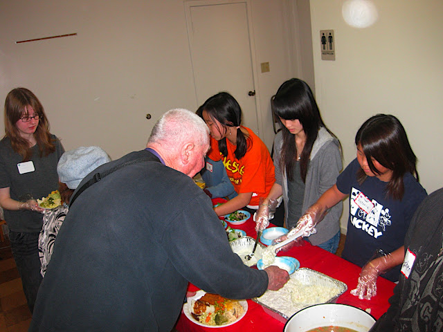 2010 Feeding the Homeless - Walteria - IMG_3140.JPG
