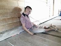 Diduga Gantung Diri, Ringong Tergantung Dengan Kabel Listrik Bening