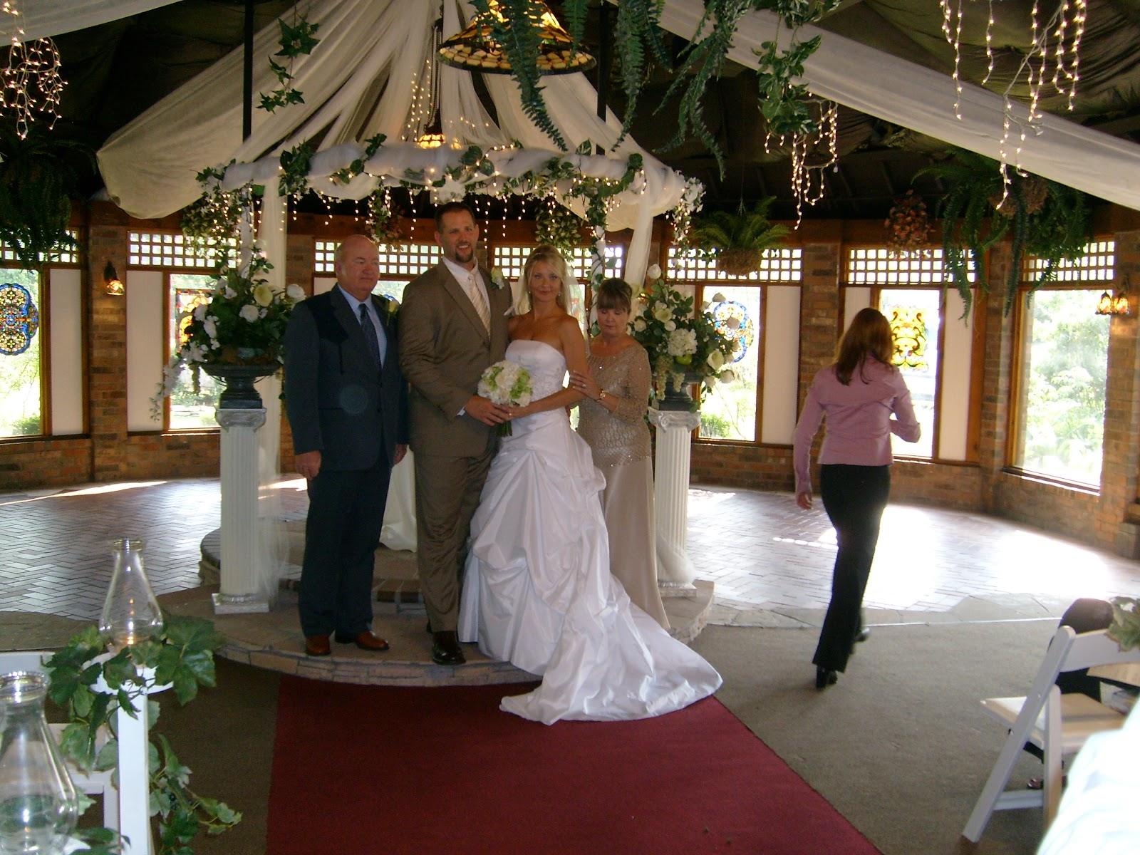 Beths Wedding - S7300165.JPG